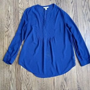 Old Navy sheer navy roll tab tunic, size L